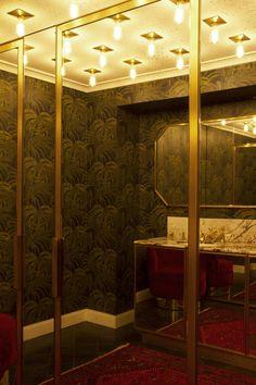 Les toilettes du Très Particulier, bar à cocktail situé à l'Hôtel Particulier Montmartre. Architecte d'intérieur Pierre Lacroix