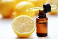 The white dead cells which the hair generally sheds from the Scalp are called dandruff. And there are so many Best Dandruff Solutions available. Here are a few useful tips to get rid of dandruff. Citrus Essential Oil, Essential Oil Uses, Essential Oil For Kidney Stones, Home Remedies, Natural Remedies, Cough Remedies, Dandruff Solutions, Small Glass Bottles, Lemon Oil