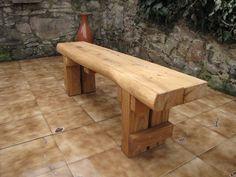 Zahradní lavička dubová 150 lux provedení Sedák lavice je ve výšce - 45 cm.  Sedák lavice má rozměr 200 x 38 cm.  Olejová úprava