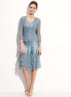 A-line Princess Knee-length Sans Manches Plis Mousseline Polyester  Charmeuse Dress. Leah Evangelista · Wedding dress a9a58d85199f