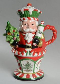 Santa Nutcracker/Baker Christmas Teapot by Spode Christmas Tea Party, Christmas China, Spode Christmas Tree, Christmas Clay, Christmas Dishes, Christmas Love, Christmas Items, Christmas Carol, Vintage Christmas