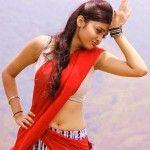 Basthi-heroine-Pragati-chourasiya-in-half-saree-below-navel