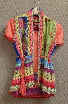 Afbeeldingsresultaat voor crochet paula y agustina ricci Crochet Coat, Crochet Fabric, Crochet Jacket, Freeform Crochet, Crochet Cardigan, Love Crochet, Beautiful Crochet, Crochet Clothes, Hippie Crochet