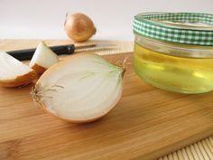 Os remédios caseiros, como xarope de cebola e o chá de urtiga, podem ser úteis para complementar o tratamento da bronquite asmática, ajudando a...
