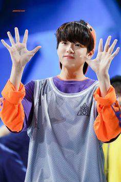 ʟᴇᴇ ᴊɪɴᴡᴏᴏ (이진우) Perfect Boy, Golden Child, I Love Bts, Boyfriend Material, Korea, Idol, Wattpad, Produce 101, Art Pop