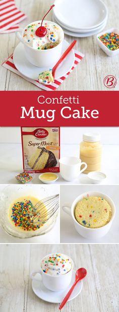 confetti-cake (Mug Recipes Dessert) Mug Recipes, Cake Recipes, Dessert Recipes, Yummy Treats, Sweet Treats, Yummy Food, Betty Crocker, Rainbow Chip Frosting, Pastries