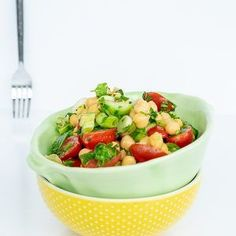 Chickpea Salad with Tomatoes and Cucumber #salad #chickpeasalad #healthyfood