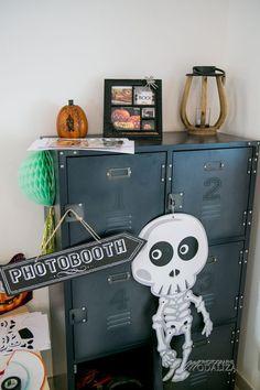 Halloween photobooth inspiration halloween party deco decoration candy bar kids activity jeux enfants family blog sur modaliza photoblog