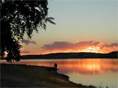 Sunset at Manitou Beach, Saskatchewan, where the Manitou Springs Hotel and Mineral Spa is located. Its pool is fed by Little Manitou Lake. Best Places To Live, Places To Travel, Beautiful Places, Beautiful Pictures, Manitou Springs, Best Vacation Spots, Spa Water, Hot Springs, The Good Place