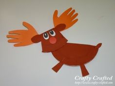paper plate reindeer card holder from -crafty-crafted.com