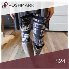 🆕Fall Leggings OS (2 to 12)‼️ Nice soft brushed leggings Press buy now, or add to a bundle! Bundles of three or more items receive 15% off🙌🏻 Infinity Raine Pants Leggings