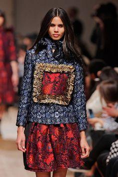 Elle Online: Portugal Fashion - os detalhes. Desfile Alexandra Moura.
