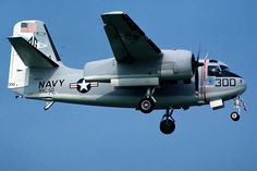Grumman C-1A Trader Us Navy Aircraft, Us Military Aircraft, Military Vehicles, Navy Day, Go Navy, Flying Vehicles, Navy Air Force, Train Truck, United States Navy