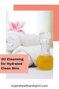 A clean face doesn't mean you have to use chemical heavy skincare products. Try this easy oil cleansing method to have healthy and hydrated skin. #skincare#naturalbeauty#diybeauty#cleanbeauty#healthandwellness#holistinchealth#naturalskincare#facewash Diy Beauty Oil, Beauty Tips, Holistic Wellness, Holistic Healing, Spirit Website, Pms Remedies, Oil Cleansing Method, Wellness Products, Clean Face