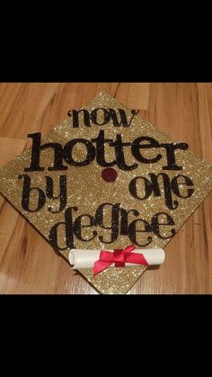 Struggling to figure out how to decorate a graduation cap? Get some inspiration from one of these clever DIY graduation cap ideas in These high school and college graduation cap decorations won't disappoint! Graduation 2016, Graduation Cap Designs, Graduation Cap Decoration, High School Graduation, Graduate School, Graduation Gifts, Graduation Ideas, Decorate Cap For Graduation, Graduation Jokes
