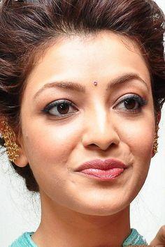 Kajal Agarwal Beautiful HD Photoshoot Stills & Hot Mobile Wallpapers HD Beautiful Bollywood Actress, Most Beautiful Indian Actress, Beautiful Actresses, Beauty Full Girl, Beauty Women, Indian Actress Hot Pics, Indian Actresses, Cute Girl Face, Stylish Girl Pic