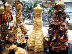 Paper Dresses, Rami Kashou for Papyrus Paper Dress Art, Paper Dresses, Paper Fashion, Fashion Art, Recycled Fashion, Recycled Clothing, Paper Clothes, Newspaper Dress, Balloon Dress