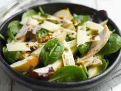 Salat mit Jarlsberg ist ein Rezept mit frischen Zutaten aus der Kategorie sättigender Salat. Probieren Sie dieses und weitere Rezepte von EAT SMARTER!