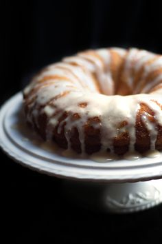 Easy Banana Cake - Erren's Kitchen - This delectable cake is incredibly moist and takes no time at all to throw together.
