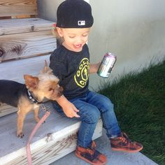Little man swag luv his shoes too Little Boy Fashion, Kids Fashion, Little People, Little Boys, Cara Van Brocklin, I Love My Daughter, Baby Kids Clothes, Family Goals, Handsome Boys