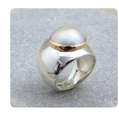 Pearl Jewelry, Jewelry Rings, Silver Jewelry, Pearl Rings, Jewellery Box, Indian Jewelry, Tanishq Jewellery, Designer Jewellery, Jewelry Stores Near Me