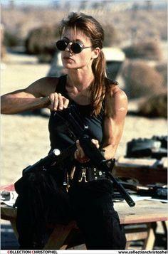 "Linda Hamilton : qu'est devenue la Sarah Connor de ""Terminator 2"" ? - Diaporama - AlloCiné"