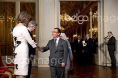 20160107 - BRUSSELS, BELGIUM: Queen Mathilde of Belgium, King Philippe - Filip of Belgium and Dato Paduka Serbini Bin Haji Ali, Ambassador of Brunei Darussalam pictured during a New Year's reception organized by the Royal Family for the chiefs of the diplomatic missions in Belgium, at the Royal Palace in Brussels, Thursday 07 January 2016. BELGA PHOTO DIRK WAEM