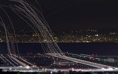 PLANES TAKING OFF - 15 Creative Long Exposures Capture a World Unseen - My Modern Met