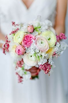 beautiful blooms. wedding flower bouquet, bridal bouquet, wedding flowers, add pic source on comment and we will update it. www.myfloweraffair.com can create this beautiful wedding flower look.  Photo by Andrew Jade Photography