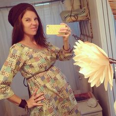 @Michelle Madden Smith's photo, illustrating that *hodge podge* smock dresses work as maternity wear too!