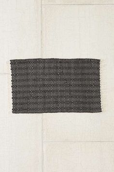urban outfitters black charlize rug // wishlist for the home