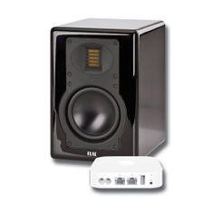 Glem forsterkeren! AM 180 fra den velrennomerte tyske produsenten Elac har alt du behøver for å nyte kvalitetslyd. Direkte koblet til PC-en, i stereoanlegget, TV-en eller som høyttalere til smartmobilen. Innebygde forsterkere gjør at du ikke behøver å tenke på noe annet enn hva du skal koble til. Du kan koble den til med kabel både analogt og digitalt, og med AirPort Express blir høyttaleren trådløs. Sort eller hvit pianolakk.  Prisen: 7.990.- m/AirPort Express.