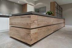 houten lades in keuken