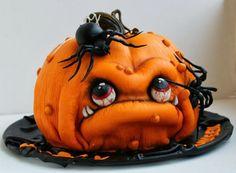 25 Weird, Creepy, Spooky and Scary Halloween Cakes