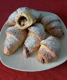 Romanian Recipes, Romanian Food, Croissant, Gem, Deserts, Bread, Home, Desserts, Crescent Roll
