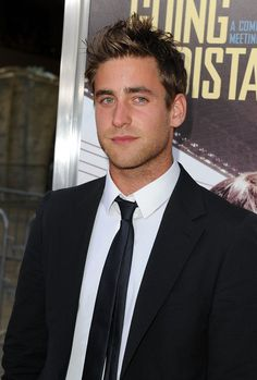 Oliver Jackson-Cohen - wait a minute, hold the phone, stop the presses. Is it conceivable this man is prettier than Mr. Male Movie Stars, Oliver Jackson Cohen, Julian Morris, The Great Fire, Hill House, Woody Allen, James Mcavoy, Handsome Actors, Fashion Suits