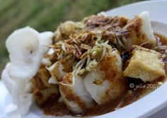chef by accident: Kupat Tahu
