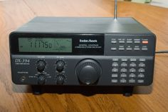 Radio Shack DX-394 Shortwave Receiver