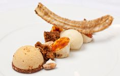 Peanut, caramelised banana, sorbet and banana cake