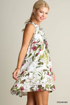 Sleeveless Floral Print Dress with Keyhole Neckline