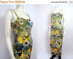 tempSale 90s Photo Print Daisy Dress Fitted by MirrorballBoutique