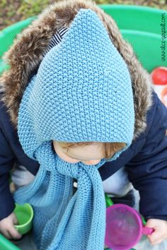 Scarf-hood for a child to knitting. There by alice gerfault Sewing Patterns Free, Free Pattern, Knit Crochet, Crochet Hats, Celine, Children, Kids, Winter Hats, Baby