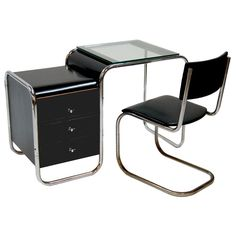 1stdibs at NYDC, offered by Collage 20th Century Classics, Bauhaus Desk and Mart Stam Chair, Germany, 1930s