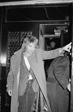Musician Rod Stewart  Date taken:February 1982