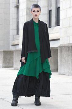 Shown w/ Chianti Dress and Fab Skirt