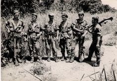 Portuguese soldiers with G3 assault rifles - African Colonial war 1961-1974