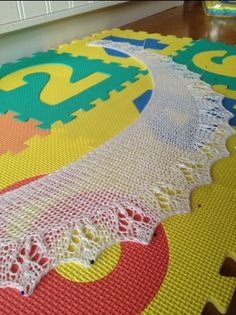 Risotto, Kids Rugs, Knitting, Crochet, Pattern, Inspiration, Home Decor, Tejidos, Threading