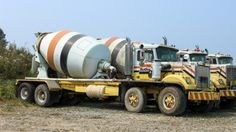Heavy Duty Trucks, Big Rig Trucks, Heavy Truck, Dump Trucks, Tow Truck, Cool Trucks, Cool Cars, Ready Mixed Concrete, Cement Mixer Truck