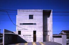 中薗哲也/ナフ・アーキテクト&デザイン GREEN BANK  http://www.kenchikukenken.co.jp/works/1354583434/652/