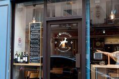 barbiche paris pigalle bar restaurant